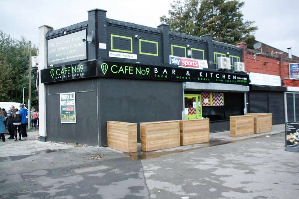 Cafe No. 9 Bar and Kitchen enjoys local support for expansion during pandemic