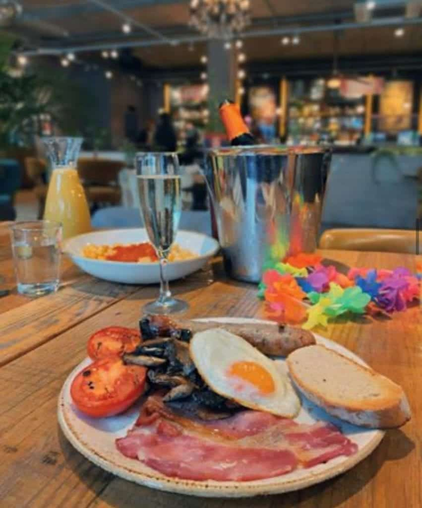 Bottomless Brunch in Liverpool