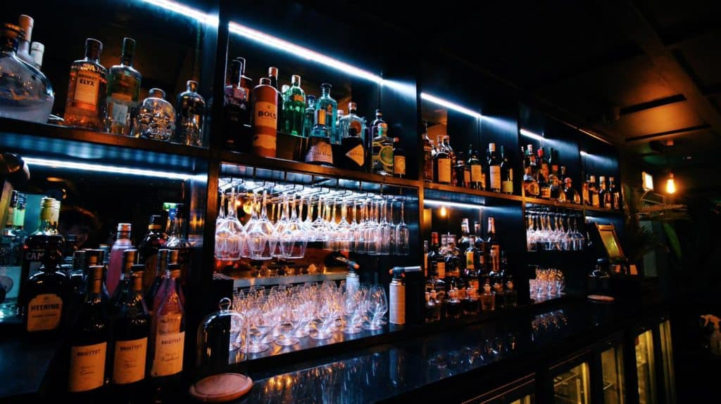 Contemporary, independent cocktail lounge Dwntwn to reopen its doors this May