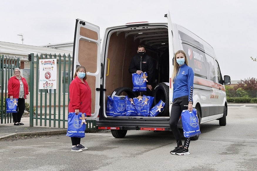 EitC team up with Davanti Tyres to help Tackle School Uniform Poverty