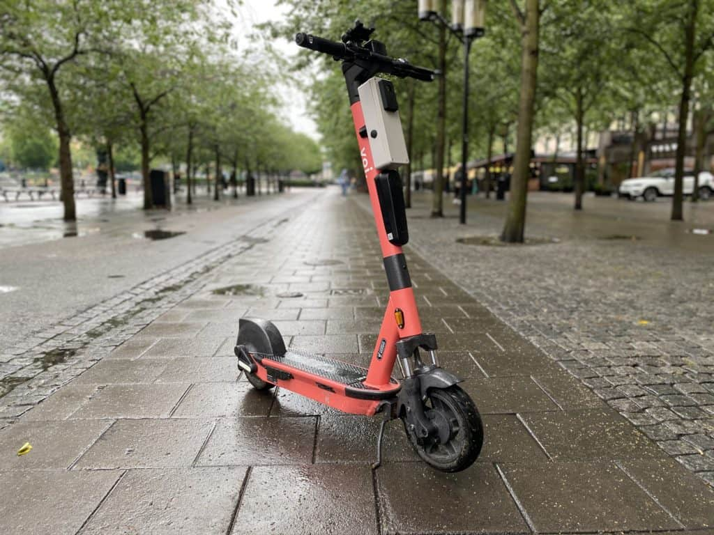 Voi launches world-first e-scooter trial designed to stop pavement riding